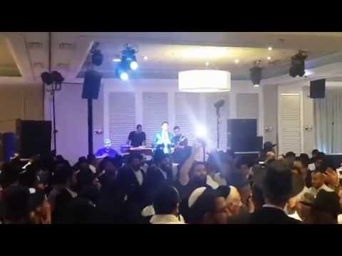 אליקם בוטה מחרוזת מזרחית בהופעה | Elikam Buta Oriental Medley Show