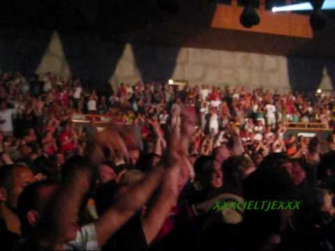 Ole Ole Ole We Are The Champions Live Concert Snoop Dog Oosterpoort Groningen.. video