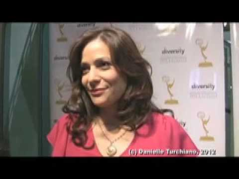 'Switched at Birth's' Constance Marie on adult love triangles, mother issues ...
