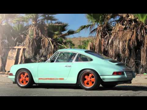 How Singer Turns a Porsche 911 Into Art klip izle
