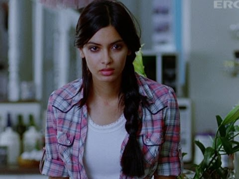 Diana Penty Hates B Town Boys | Cocktail