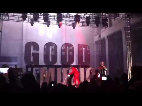 Runaway - Kanye West (f. Pusha T) - live at SXSW 2011