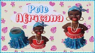 Africana de biscuit no pote