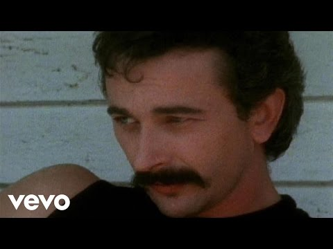Aaron Tippin – She Made A Memory Out Of Me