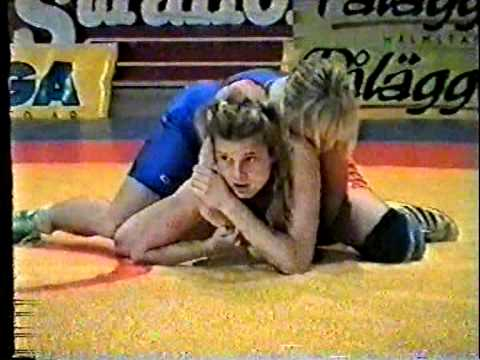 World Silver medallist Jackie Berube vs Lotta Andersson female frestyle wrestling match