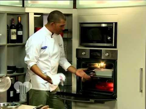 Celebrity Chef Reuben Riffel makes Apple Sponge Pudding