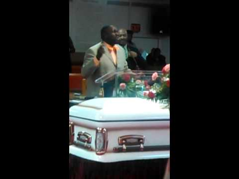 Marvin Williams sings at grandmother's homegoing service.
