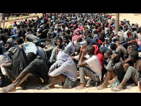 LIBYE LES SIONISTES CONTINUE L ESCLAVAGE POUR SALIR L ISLAM MANIPULATION DES MEDIAS ?!?!