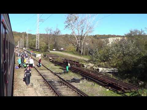 Под стук колёс Кавказ из окна поезда