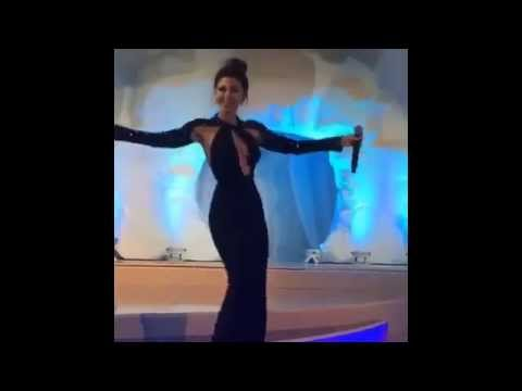 ميريام فارس تشعل دبي بوصلة رقص شرقي  بفستان فاضح