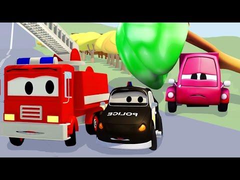 Patrol Policyjny Wóz Strażacki I Radiowózi Mały Wypadek Małego Różowego Samochodu