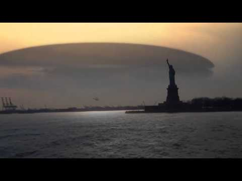 really strange clouds over nyc ...or ufo footage (or end of world?!) november 24 2012