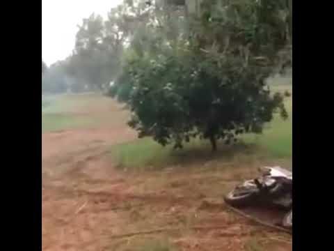 Jesús de Gemeliers cayéndose de la moto
