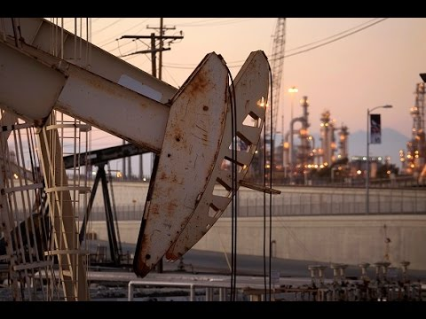 Game of Oil: US companies losing price war as massive job cuts hit industry while Saudis profit