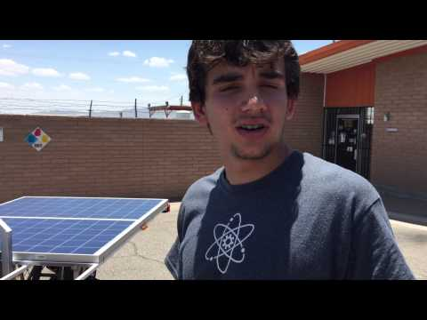 El Paso teenagers build solar-powered car
