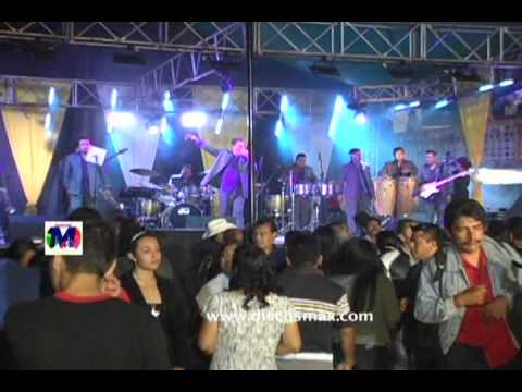Musical Gigantes En Yalalag Oaxaca Chilena Mix 1 0001.wmv video