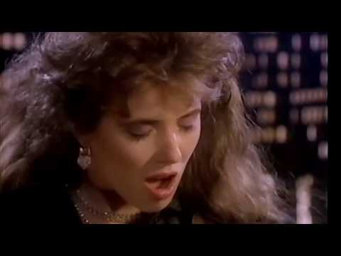 Fiona (Flanagan) - Love Makes You Blind (HQ)