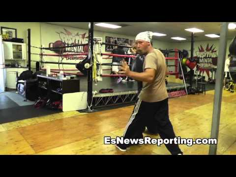 Boxing how to work on your footwork with boxing trainer brandon krause Image 1