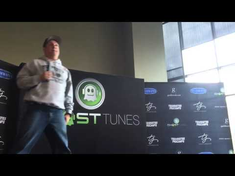 Garth Brooks press conference (raw video)