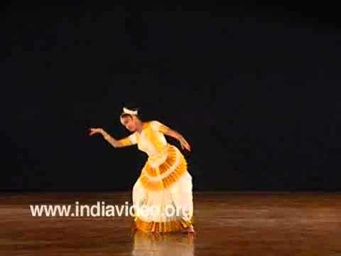 Padavarnam-- Mohiniyattam, Dr. Neena Prasad video