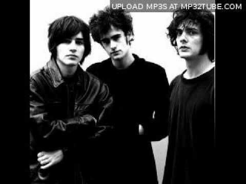 Black Rebel Motorcycle Club - And Im Aching