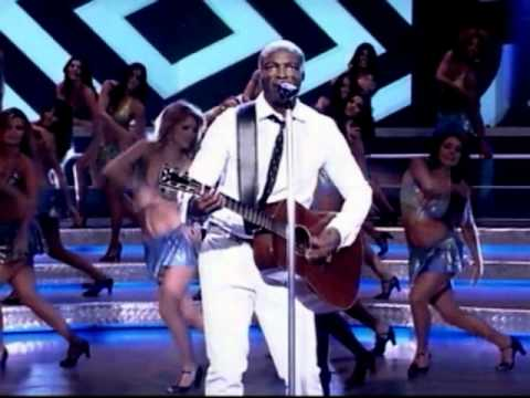 Seal - Amazing (Live In Domingão Do Faustão - Brasil)