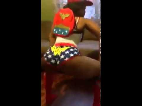 Mzgripdat Ass Shaking video
