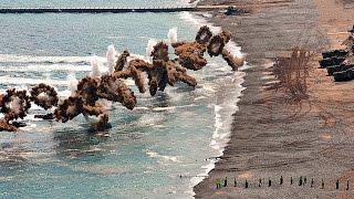 米軍と韓国軍の海上に上陸する大迫力の軍事演習ドローン映像!