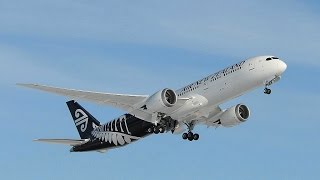 Air New Zealand 787-9 Dreamliner Take Off - Sydney Airport Rwy25