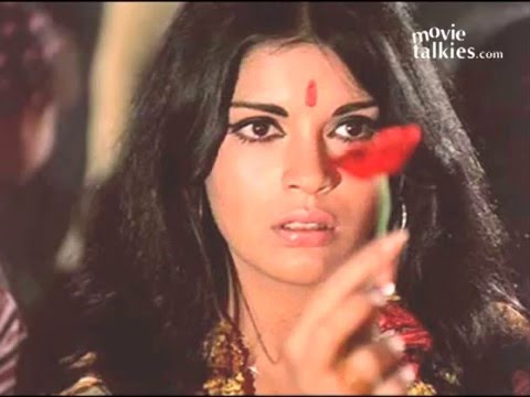 70's Sex Symbol Zeenat Aman May Tie The Knot! video