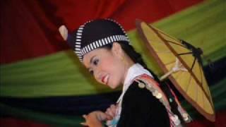 Nkauj Hmoob - Kou Lee (hmong songs)