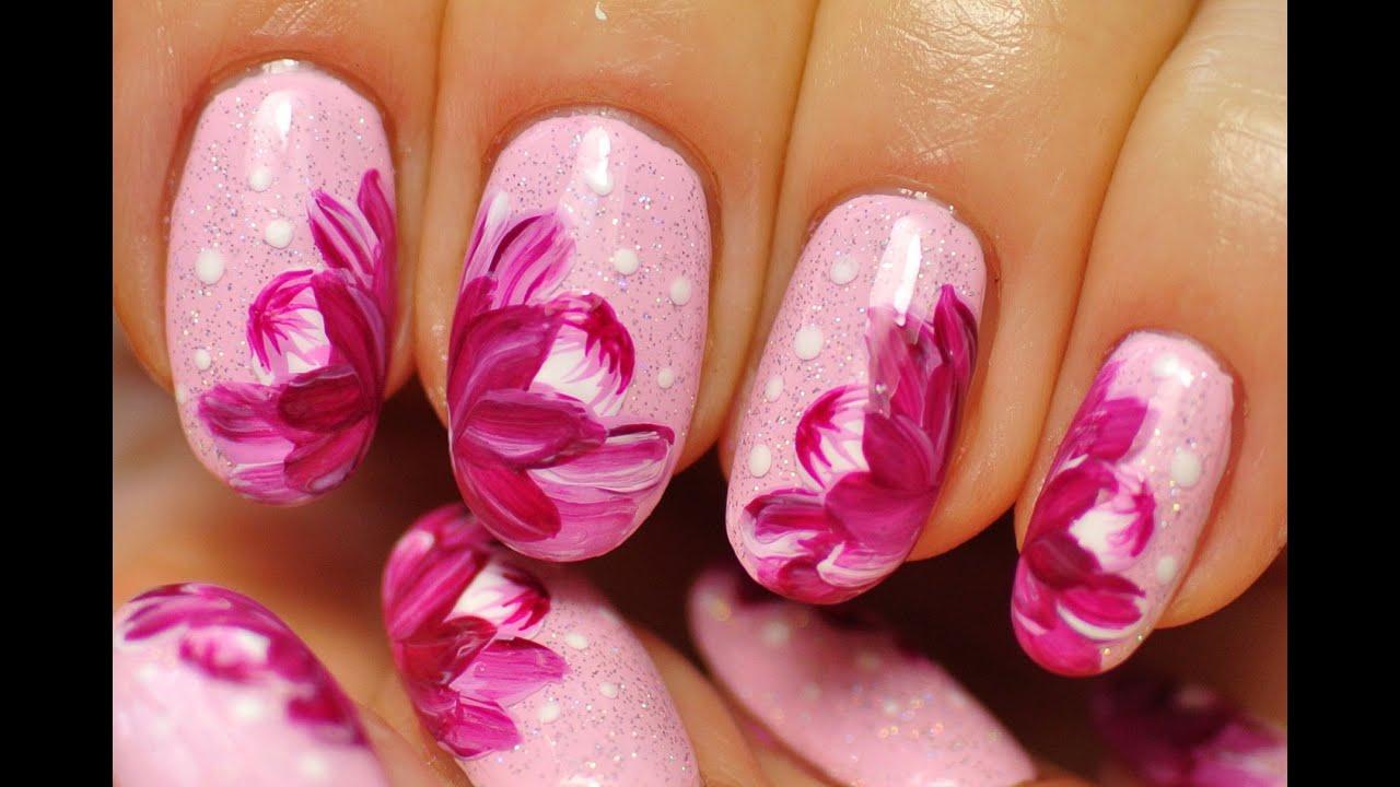 Ногти розовые с цветами дизайн