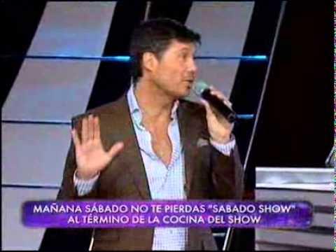 "Showmatch 2010 – Lola Ponce cantó ""Perdidamente tuyo"""