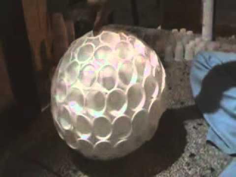 Tutorial: Muñeco de nieve con vasos plásticos