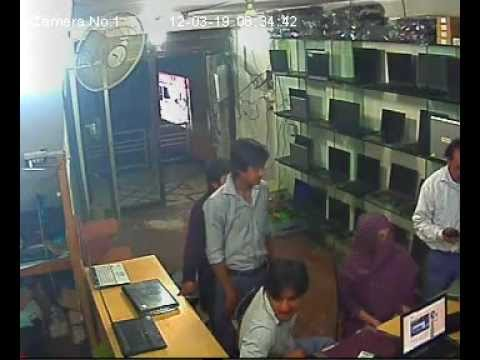 Live theft in Lahore Pakiza Laptop...