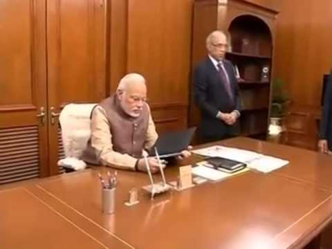 Shri narendra modi sworn in as prime minister with council - Prime minister of india office address ...