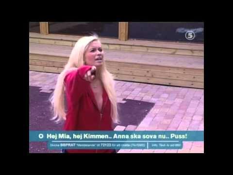 Carolina Gynning sjunger Depeche (Big Brother 2004)