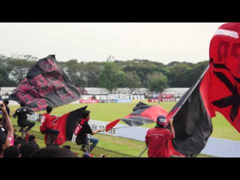 Match Ambience : PSMP Mojokerto vs PERSIK Kediri - Liga 2