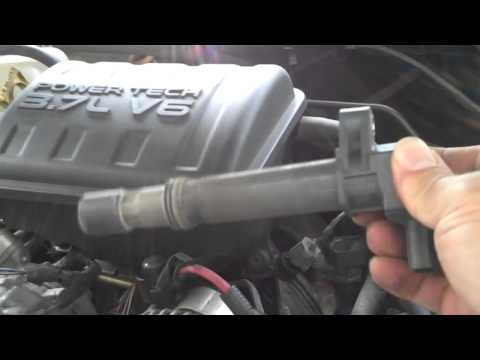 Spark Plug change 2003 Jeep Liberty 3.7L PART 1