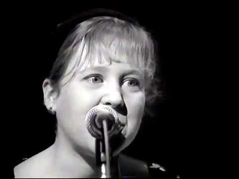THROWING MUSES-COUNTING BACKWARDS-THE LATE SHOW-1991
