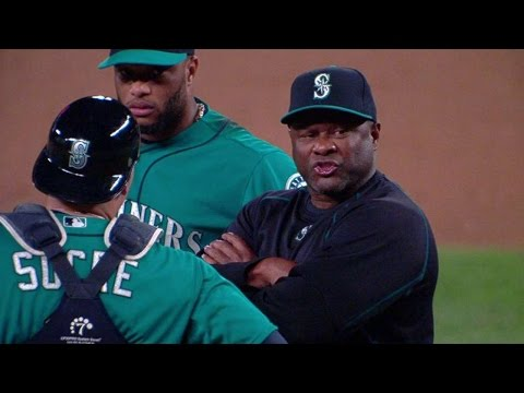 8/21/15: Lloyd McClendon gets ejected during a pitching change for arguing with the umpire and gets his money's worth before leaving Check out http://m.mlb.com/video for our full archive of...