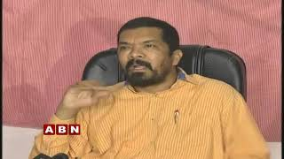 Posani Krishna Murali Responds on YS Jagan comments over Pawan Kalyan