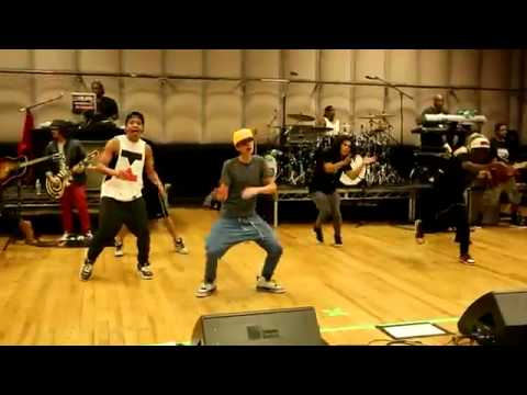 Making Of Believe - Justin Bieber Dance Rehearsals video