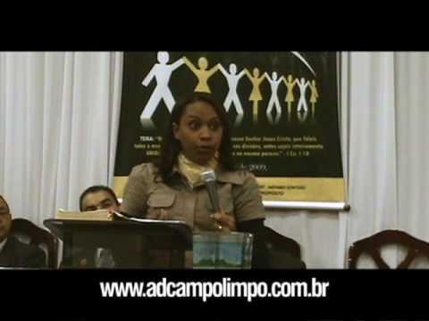 Miss. Isa Reis ministrando no 28º aniversário da AD Campo Limpo - 2009 (2/6)