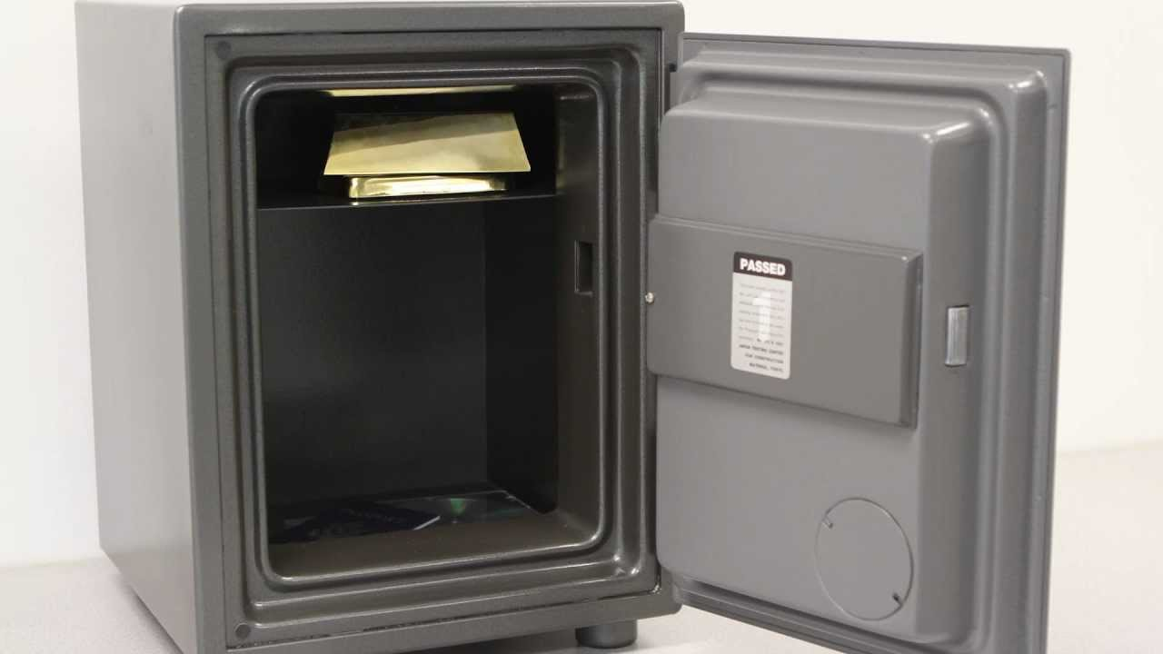 First Alert 2054f Fire Amp Theft Combination Safe Youtube