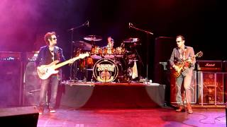 Black Country Communion - Song of Yesterday (Not complete)