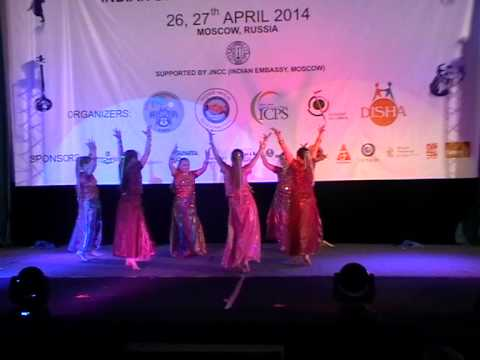 Bollywood dancing - Ghode Jaisi Chaal