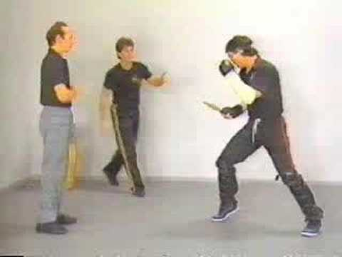 Paul Vunak - Knife Defence Image 1