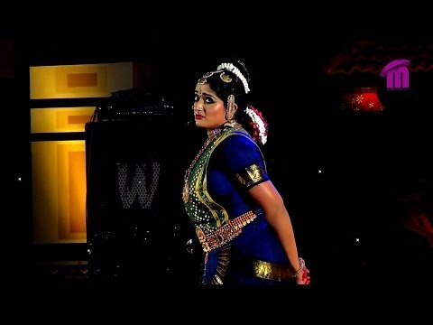 Kavya Madhavan Performing Bharatanatyam Dance At Nishagandhi Festival (1) video