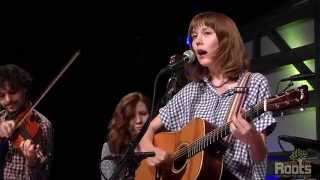"Molly Tuttle ""Gentle On My Mind"""